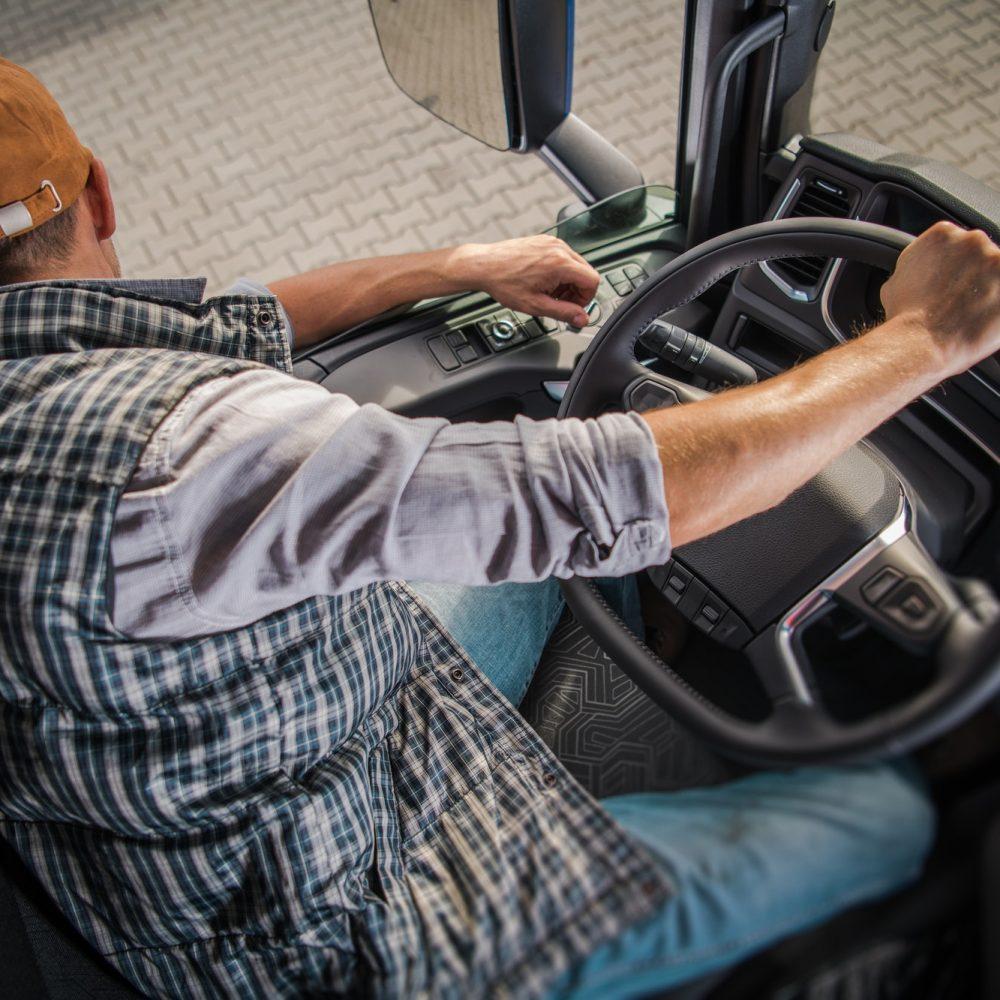 learning-truck-driving-cdl.jpg